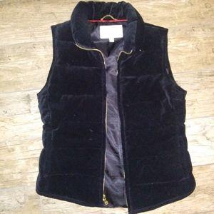 XS  Banana Republic  Down filled puffy coat vest